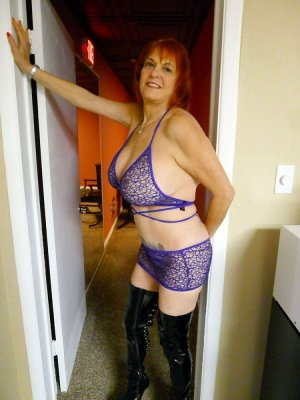 Loreine live escorts in Champlin